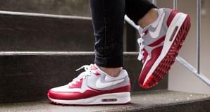 premium selection 92488 9348b Nike Air Max Light | Nice Kicks
