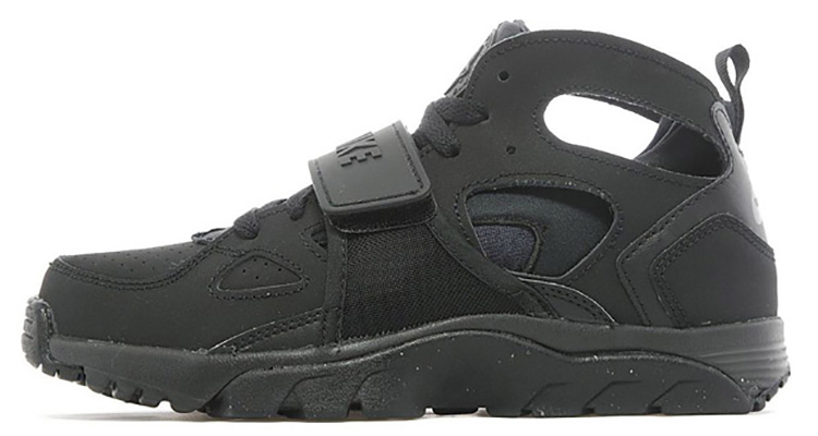 nike air trainer huarache black