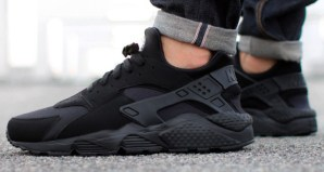 All Black Nike Air Huarache 318429-003