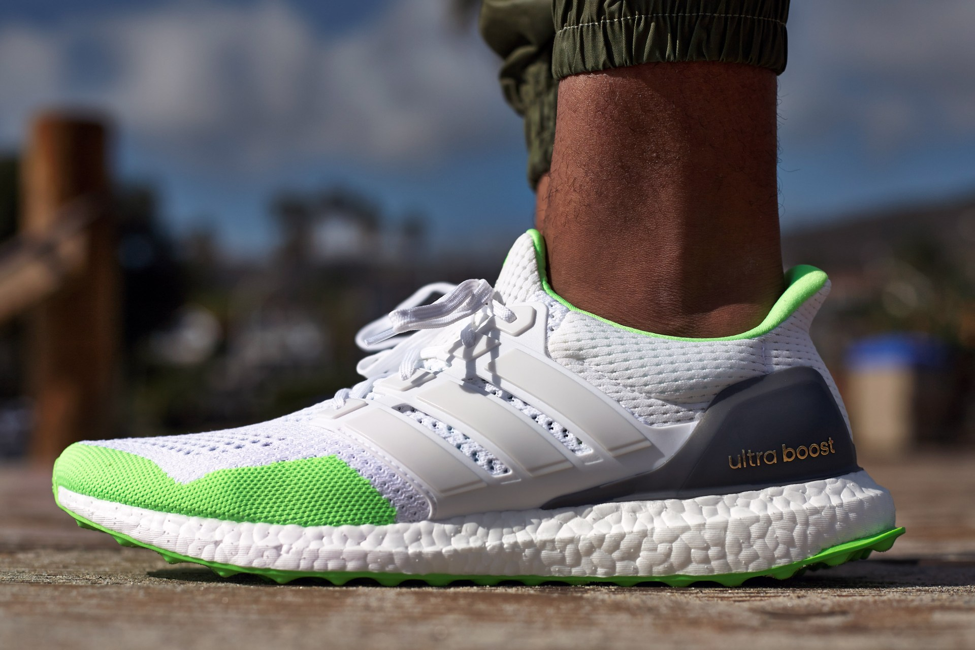 dc4ba24198337 On-Foot Look    adidas Ultra Boost White Green