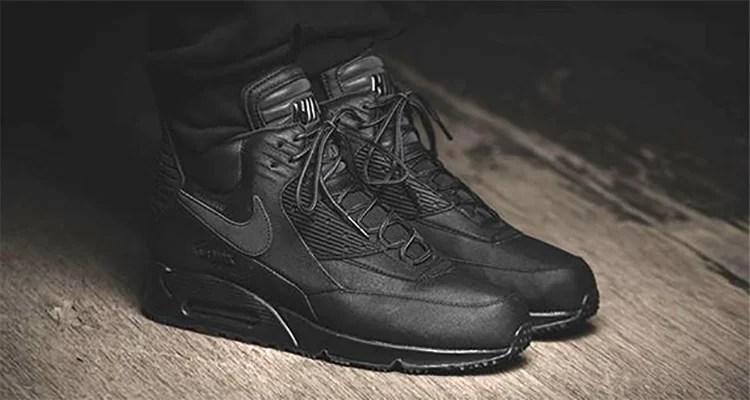air max 90 triple black