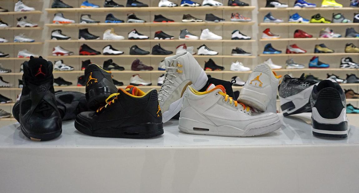 9000537436fa A Closer Look at Drake's Unreleased Air Jordan PEs   Nice Kicks