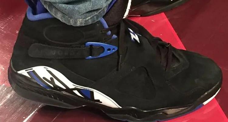 "2dda88c303c23f Drake Debuts Away ""Kentucky"" Air Jordan 8 OVO PE"