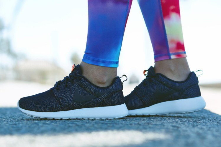 "Nike Roshe One Moire ""Obsidian"" On-Foot Look"