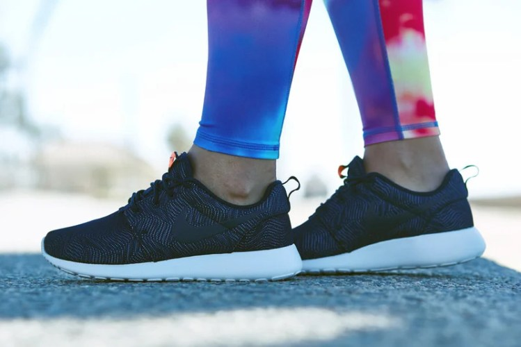 "Nike Roshe One Moire ""Obsidian"" On-Foot Look"
