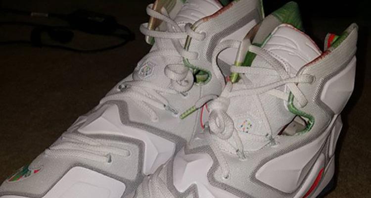 Nike LeBron 13 Easter