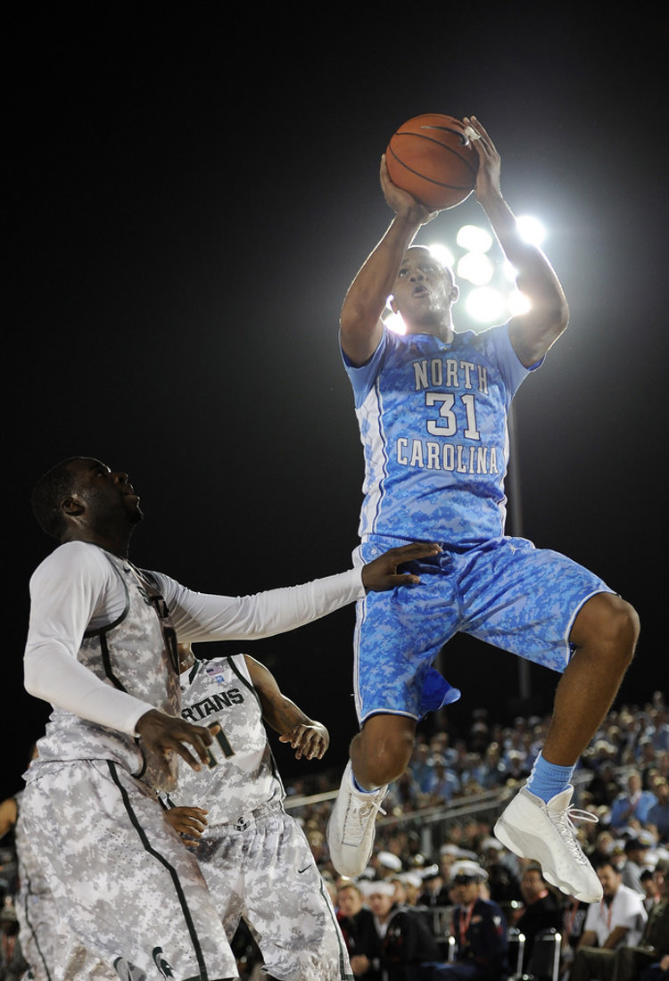 a2ef88c9024226 College Kicks on Court Classic    Air Jordans 11-XX in NCAA Play ...