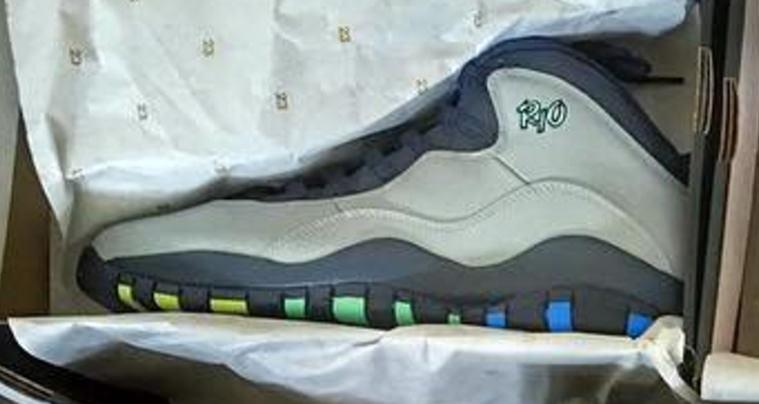 b74e83b24907 The Air Jordan 10