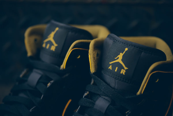 f7c138ecf9d9 Air Jordan 1 Mid Black Metallic Gold    Available Now