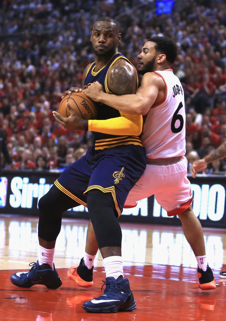 Cleveland Bron2+Cavaliers+v+Toronto+Raptors+Game+XgkxyMt8gklx
