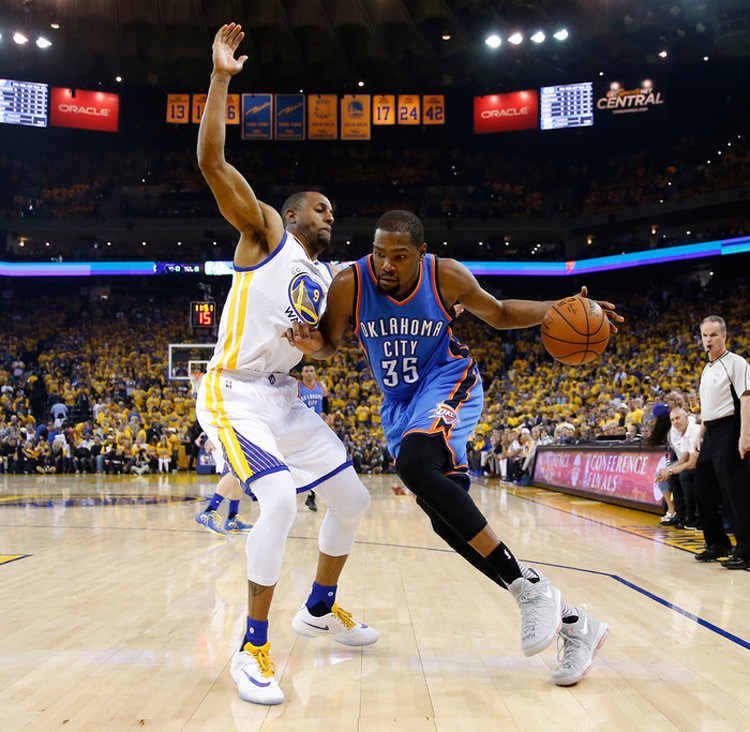 Oklahoma+City+Thunder+v+Golden+State+Warriors+cunWxcw7p6ex