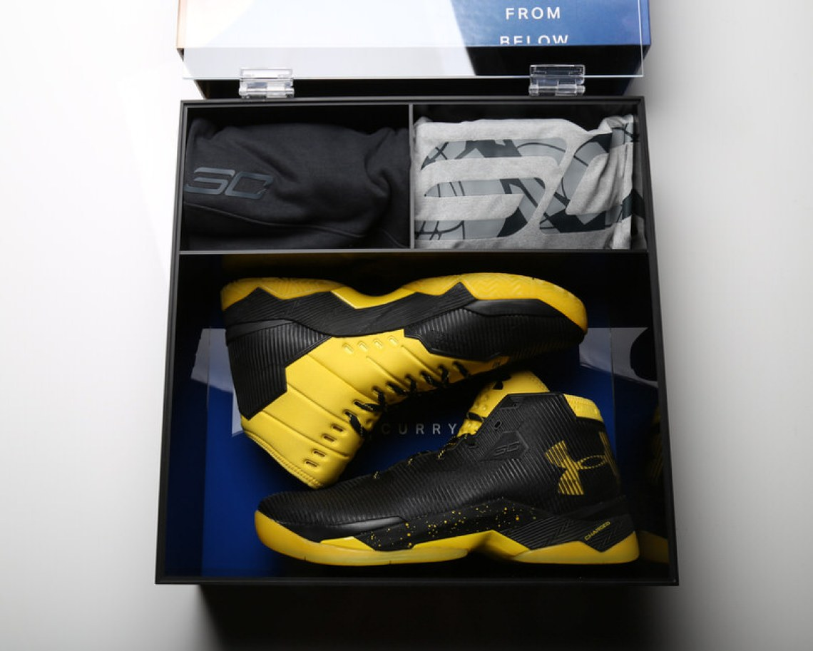 Under Armour Stephen Curry 2_5 Box 4