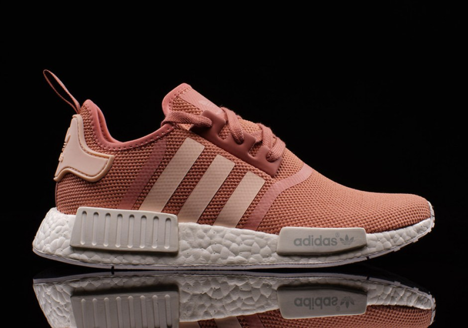 wholesale dealer 67499 0bbc8 adidas NMD R1 Salmon