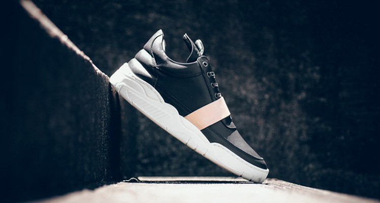 "Filling Pieces Low Top Leather Strap ""Black"""