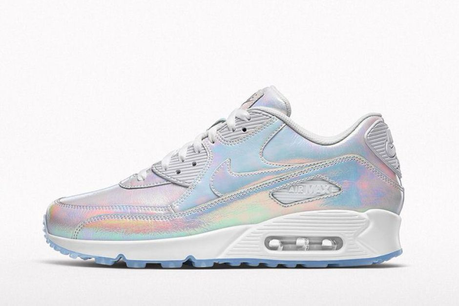 best service 68eac 491ac NIKEiD Iridescent Collection