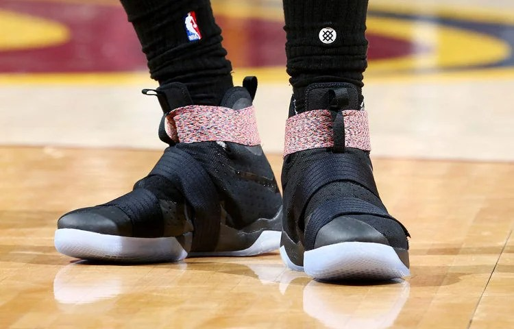 B Bron Soldier 10 Game 4