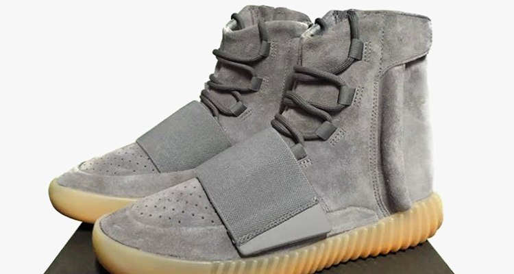 "35a5735c05ee9 adidas Yeezy Boost 750 ""Glow in the Dark"" Store Listing"