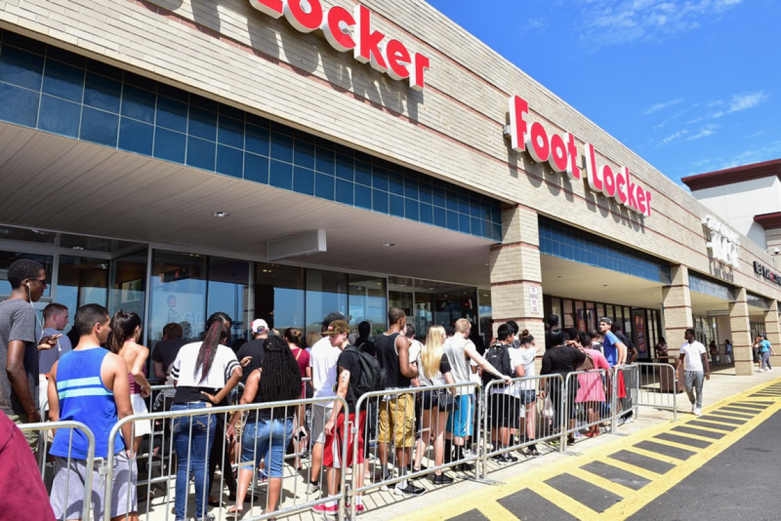 grand choix de d733b 8288c Meek Mill Meets Fans at PUMA Lab in Philly to Celebrate New ...