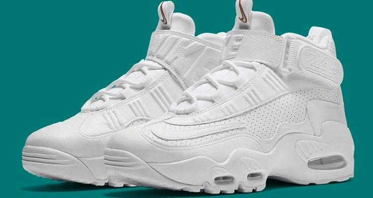 designer fashion e2ce5 c41a9 Nike Air Griffey Max 1 Triple White