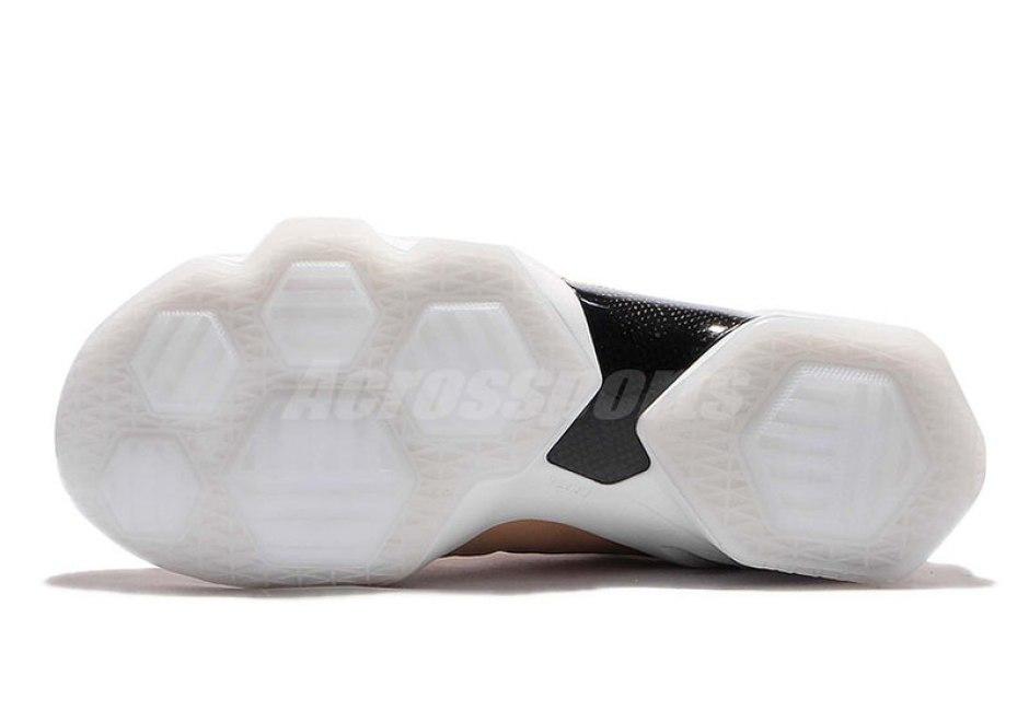 Nike LeBron 13 Elite Vachetta Tan Nike LeBron 13 Elite Vachetta Tan 57539a24ac