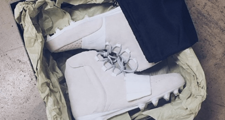 1f518fdc2cc680 First Look    adidas Yeezy Boost 750 Cleat for Von Miller