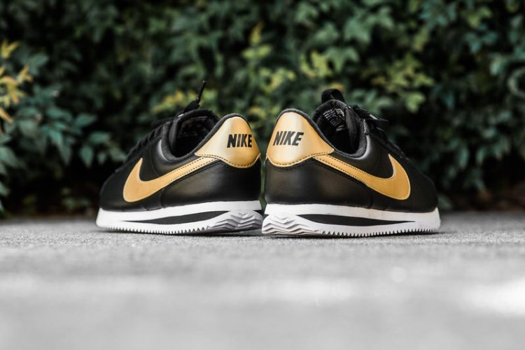 cheap for discount 6494c 67a70 ... Nike Cortez Leather SE Black Metallic Gold