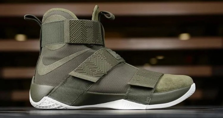 "Nike LeBron Soldier 10 Lux ""Olive Green"""