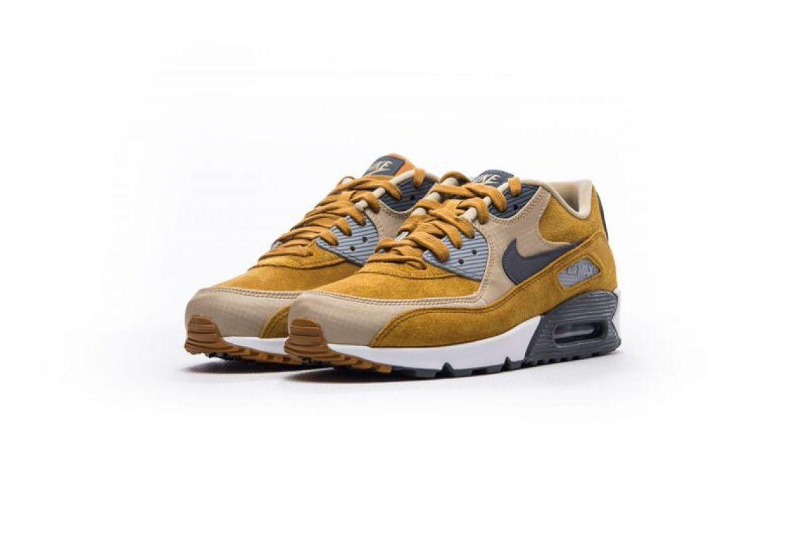 new product 3e828 1b77f Nike Air Max 90