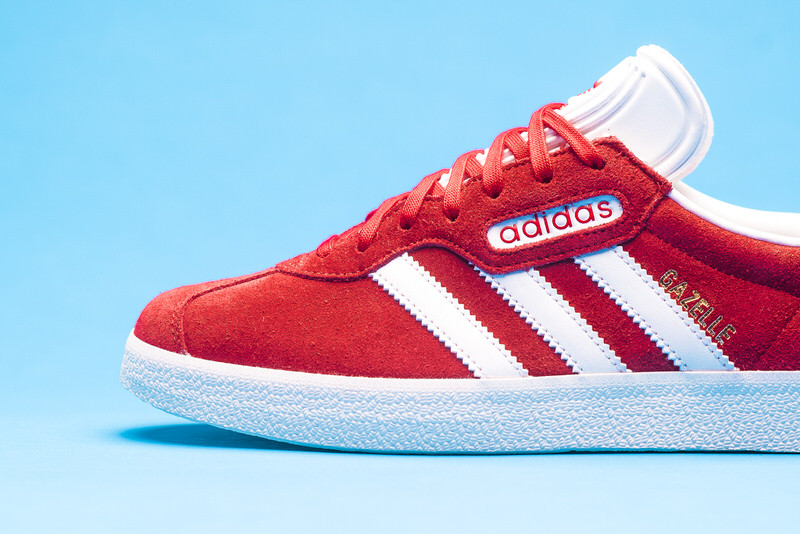Buy blue and red gazelles up to Discounts
