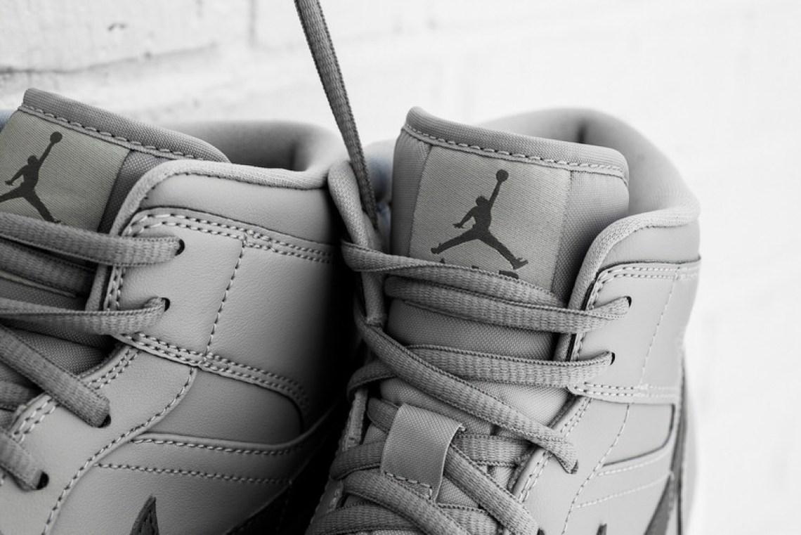 Air Jordan 1 Mid Wolf Grey/Cool Grey