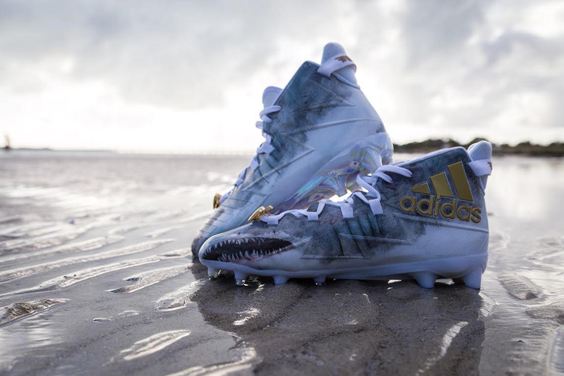 adidas Uncaged Shark Freak Cleats