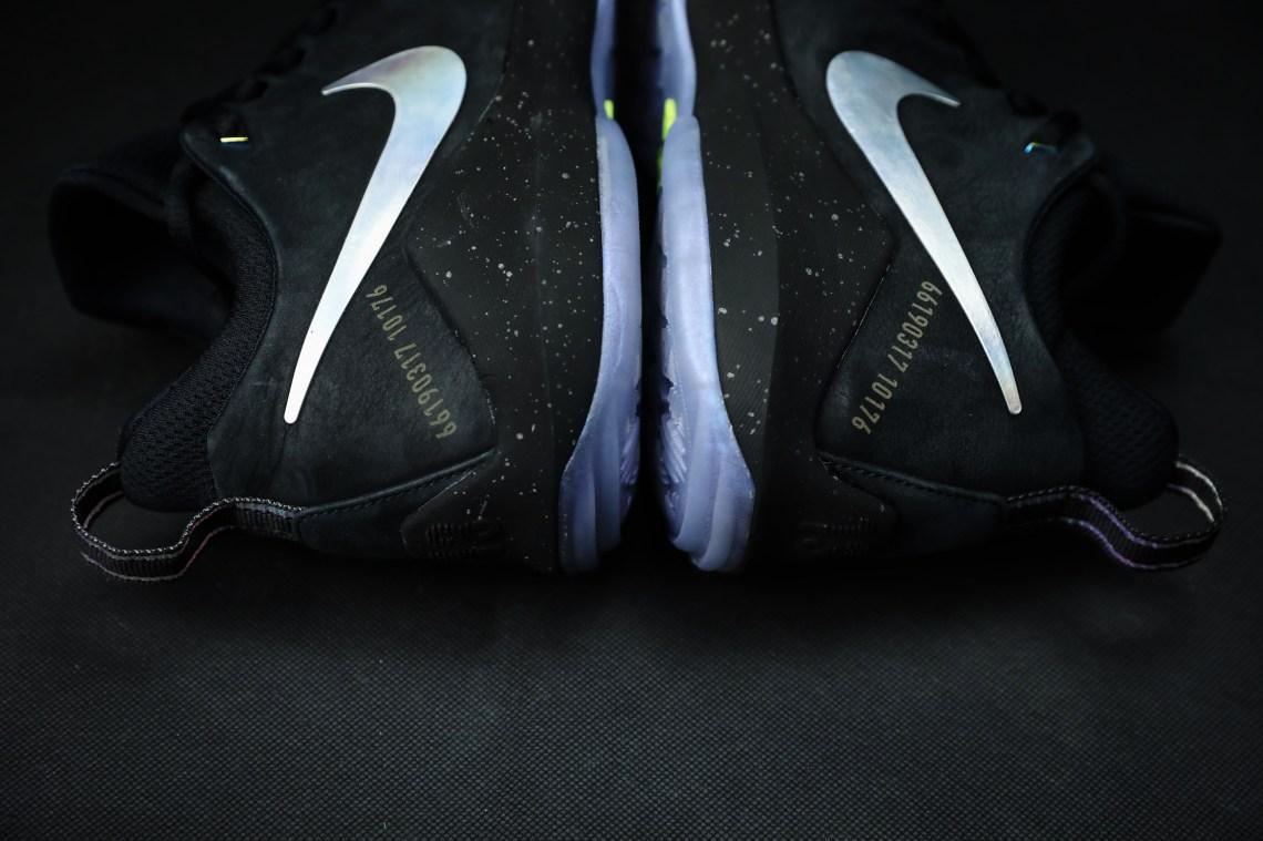 uk availability c6b5d 4973e Nike PG1
