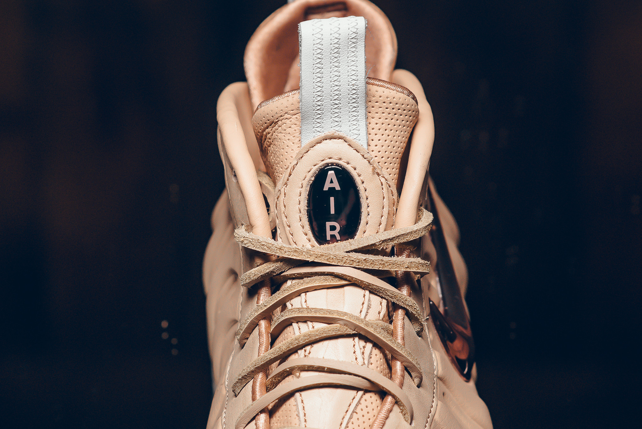 Nike air foamposite one hologram u kicksonfire