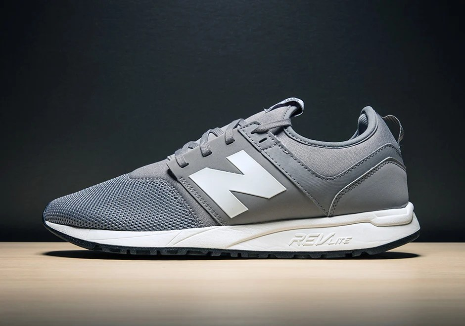 discount authentic online outlet genuine New Balance 247 Trainers In White And Black Mesh store sale 2014 new cheap price cheap sale low price fee shipping SxqDUwf