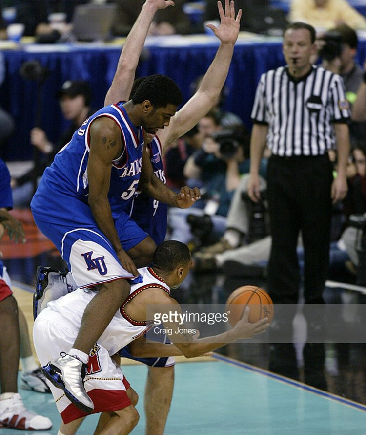 Keith Langford in the Nike Shox VC