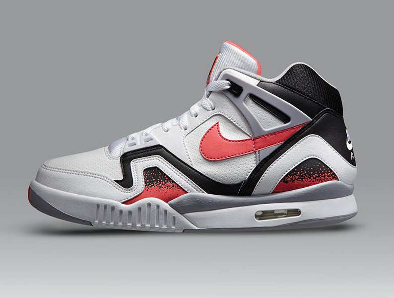 san francisco fbbdf fc367 22 – Nike Air Tech Challenge 2
