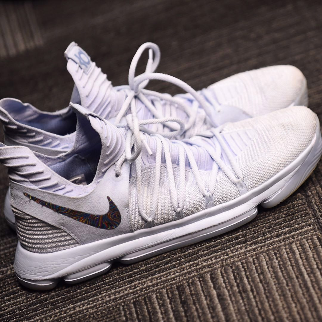 af86a182a09 ... kd 9 id golden state warriors 2016 stephen curry u2014 under armour  3zer0 kevin durant u2014  Sale Kevin Durant Nike Kd 10 ...