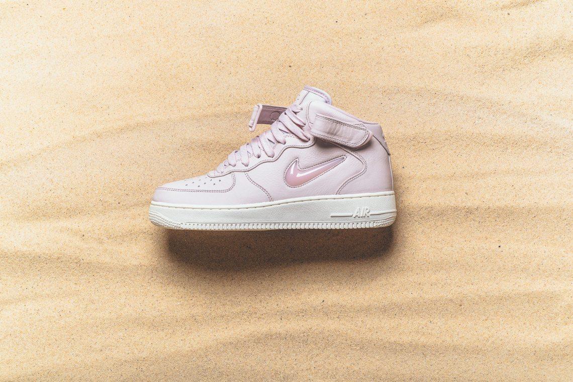 sports shoes 96f7e 5c0d5 ... NikeLab Air Force 1 Mid Jewel