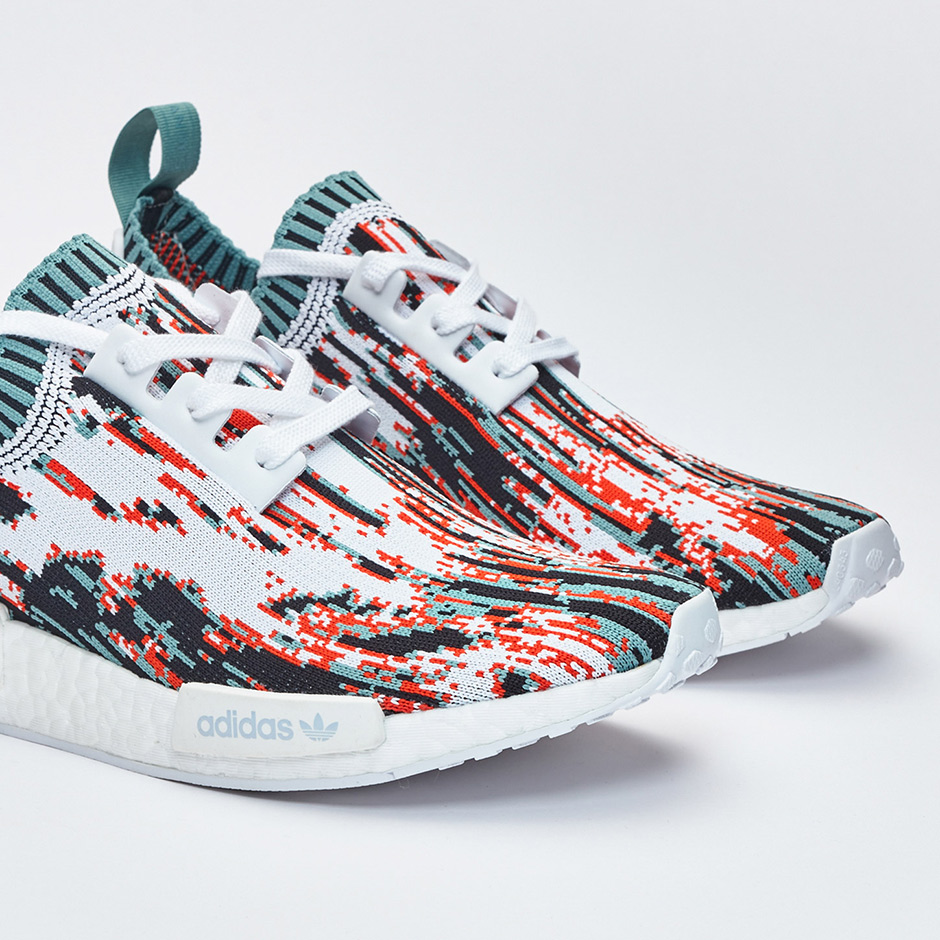 Our First Look At The adidas NMD R1 Primeknit Zebra Pack Mogol Pos