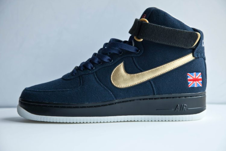 e4e49fc027 Nike Sb Zoom All Court Brown
