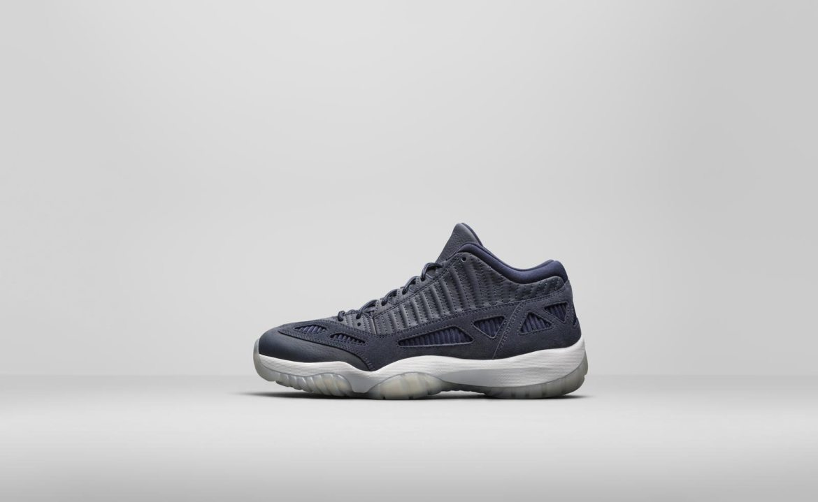"Air Jordan 11 Low IE ""Navy"""