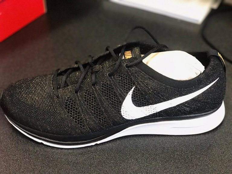 2a0f96dee4fc3 ... clearance nike flyknit trainer pe 2017 nba champs for golden state  warriors 4351b 3af40
