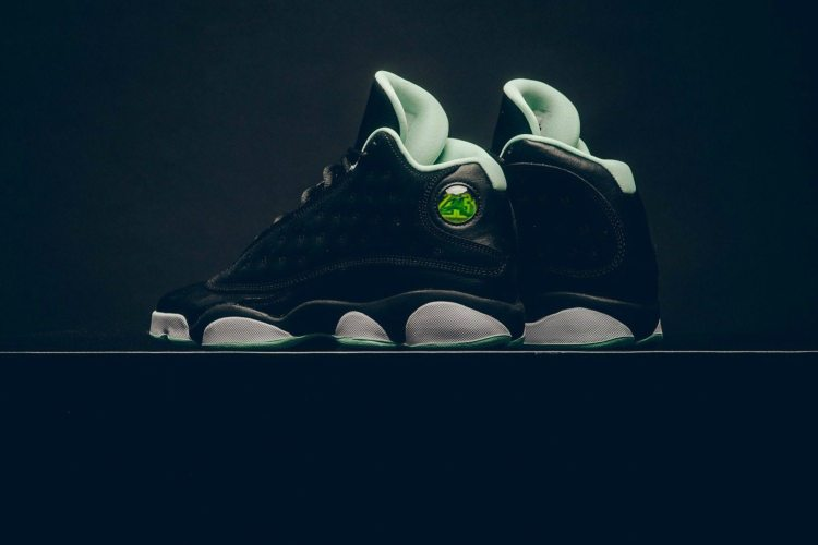 5cd0f81f7002df ... Air Jordan 13 Retro GG Black Metallic Gold-Mint Foam ...