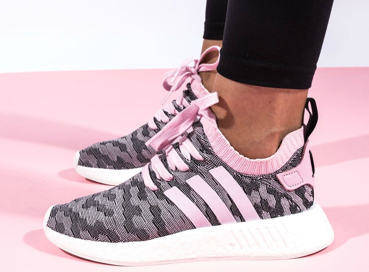 By Photo Congress || Adidas Nmd R2 Black Wonder Pink