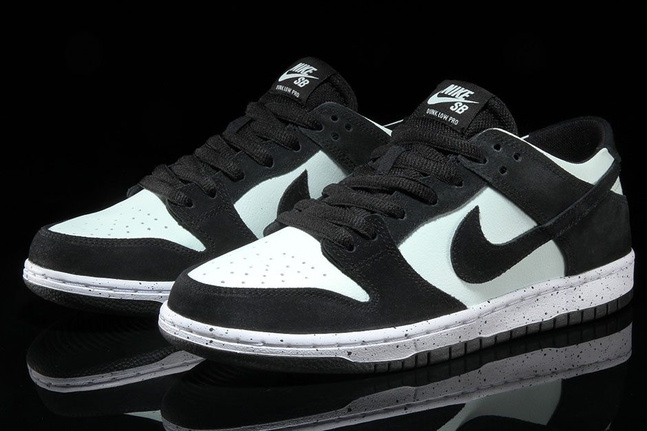 the latest e228f 7b9ae Nike SB Dunk Low Pro BlackBarley Green . ...
