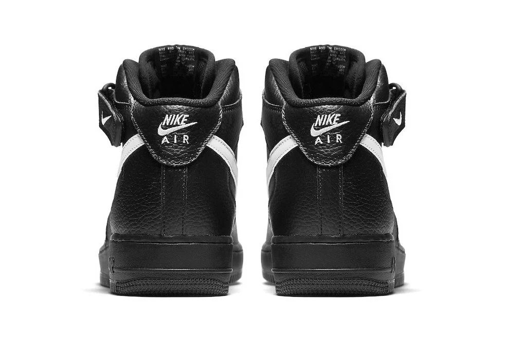 Nike Air Force 1 Mid Black/Sail