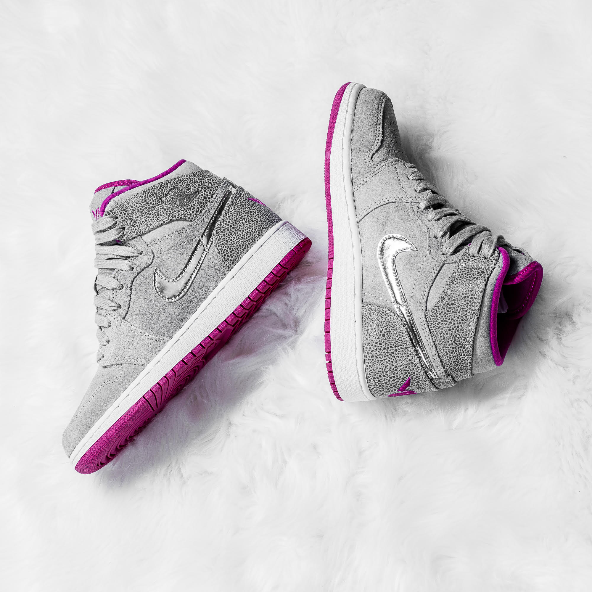 61ad40c3abf8c1 new style womens air jordan 4 retro white blue pink shoes authenticno sale  tax 0930b 1eb69  best price air jordan 1 maya moore 88bb2 40c1c