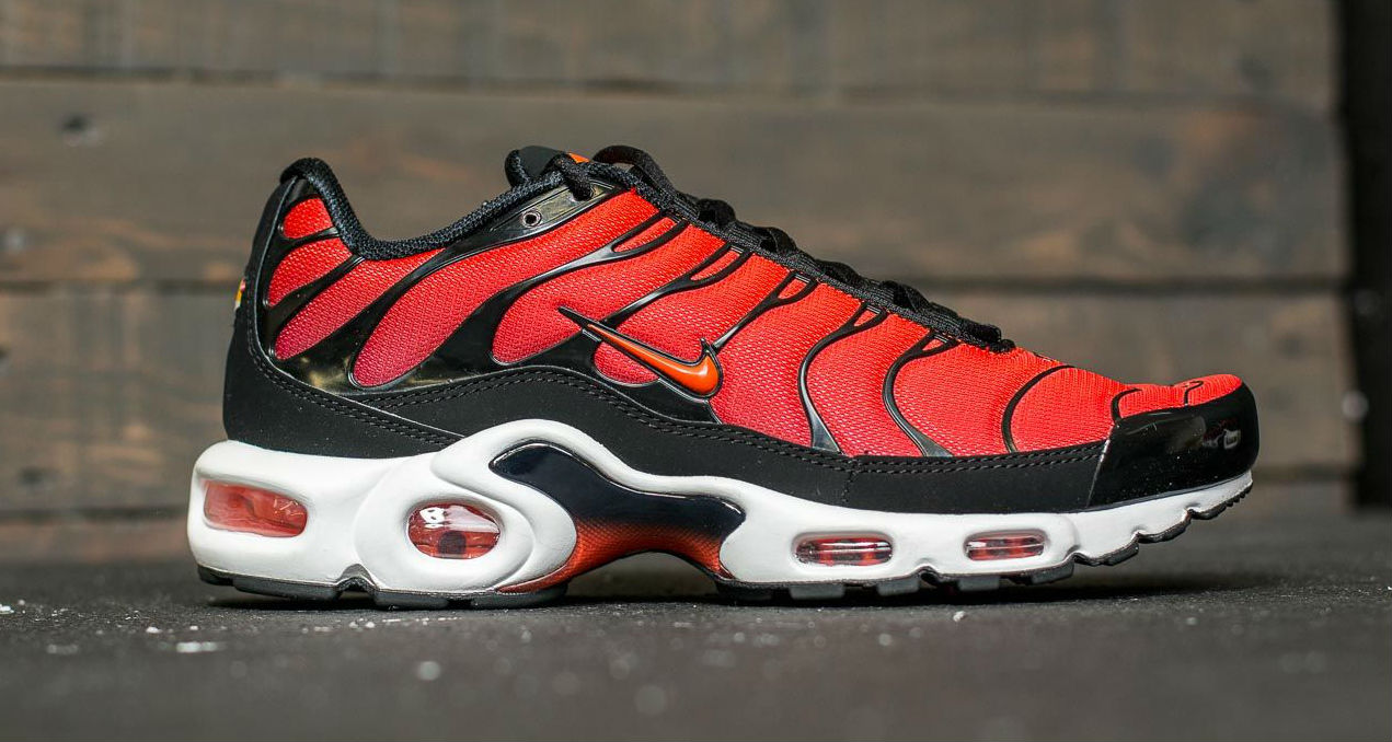 """sports shoes 019b6 477d9 Nike Air Max Plus """"Team Red""""    Available Now"""