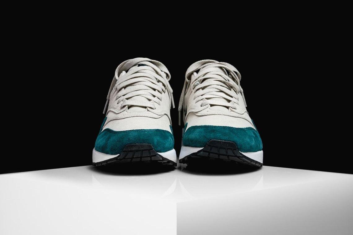 7eecbdc863f8 Nike Air Max 1 Jewel