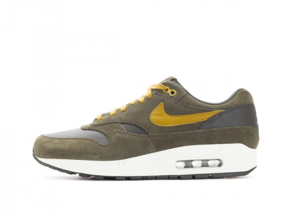 9736da830a Nike Air Max 1 Premium Leather